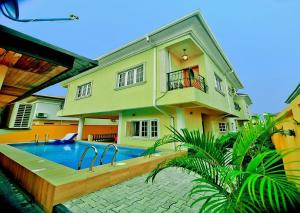 4 bedroom Detached Duplex House for shortlet VGC Ajah Lagos