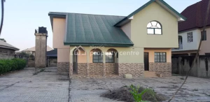 House for sale Behind Leonac House, Alagbaka  Akure Ondo