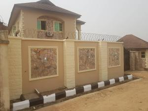 4 bedroom Detached Duplex House for sale  Abanla Junction( close to the new filling station) off Ologuneru road  Ibadan Oyo