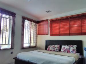 4 bedroom House for sale Dada Fayemi Osapa london Lekki Lagos - 7