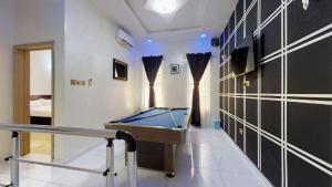 4 bedroom House for shortlet Chevy view estate, Lekki Lagos