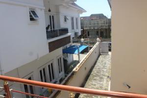 4 bedroom Detached Duplex House for sale - Idado Lekki Lagos