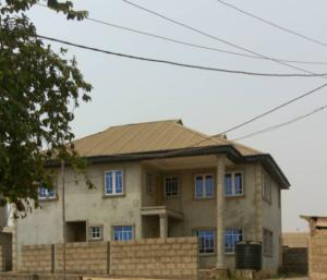 5 bedroom Terraced Duplex House for sale akure area after ojodu berger lagos Berger Ojodu Lagos