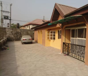 4 bedroom Flat / Apartment for rent Traffic light  Ogudu-Orike Ogudu Lagos