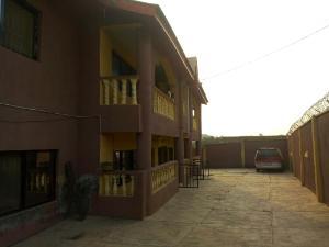 3 bedroom Block of Flat for sale 3 Eleyele Ibadan Oyo