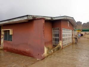 4 bedroom Terraced Bungalow House for sale Alexandra kuola  Apata Ibadan Oyo