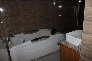 4 bedroom Detached Duplex House for sale ikate, Lekki Phase 1 Lekki Lagos