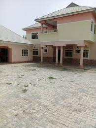 4 bedroom House