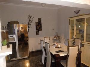 4 bedroom Flat / Apartment for rent millennium estate oniru. 1004 Victoria Island Lagos