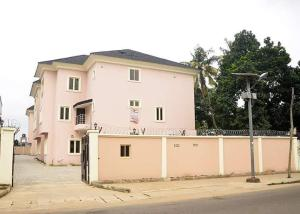 4 bedroom Terraced Duplex House for sale . Coker Road Ilupeju Lagos