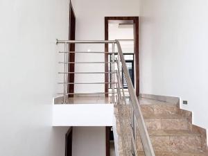 4 bedroom Massionette House for sale - Abraham adesanya estate Ajah Lagos