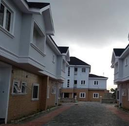 4 bedroom Semi Detached Duplex House for sale Ikorodu road(Ilupeju) Ilupeju Lagos