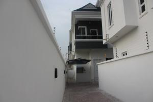 4 bedroom Semi Detached Duplex House for sale ... chevron Lekki Lagos
