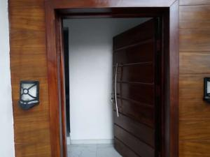 4 bedroom Semi Detached Duplex House for sale Chevron drive Lekki Lagos