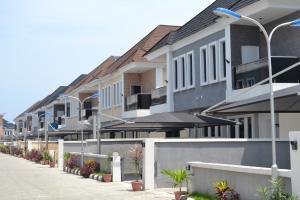 5 bedroom Semi Detached Duplex House for sale Pinnock Beach Road, Ajiran Jakande Jakande Lekki Lagos