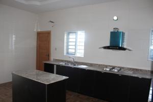 4 bedroom Semi Detached Duplex House for sale - Ologolo Lekki Lagos