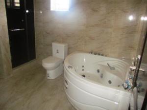 4 bedroom House for sale southernview estate Lekki Lagos - 45