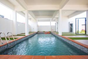 4 bedroom Terraced Duplex House for sale BEHIND MADIBA COURT IKATE Ikate Lekki Lagos
