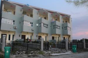 4 bedroom Terraced Duplex House for sale - Lekki Phase 2 Lekki Lagos