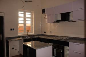 4 bedroom Terraced Duplex House for sale  Lekki, Lagos.  Lekki Lagos