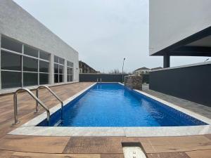 4 bedroom Terraced Duplex House for shortlet Lekki Lagos