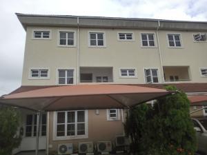 4 bedroom Terraced Duplex House for sale No 20 palace road ONIRU Victoria Island Lagos