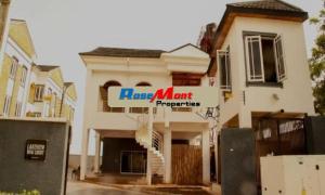 4 bedroom Terraced Duplex House for sale By Pinnacle Oil Lekki Phase 1 Lekki Lagos