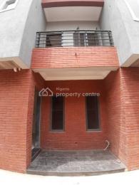 4 bedroom Terraced Duplex House for sale     Obanikoro Shomolu Lagos