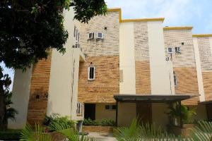4 bedroom Terraced Duplex House for rent Mobolaji Johnson Old Ikoyi Ikoyi Lagos - 0