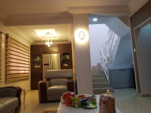 4 bedroom Semi Detached Duplex House for sale Jabi Jabi Abuja