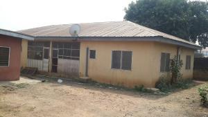 10 bedroom Flat / Apartment for sale along ashi/basorun Bodija Ibadan Oyo