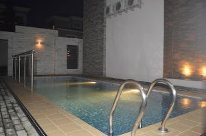 4 bedroom Terraced Duplex House for sale ... ONIRU Victoria Island Lagos
