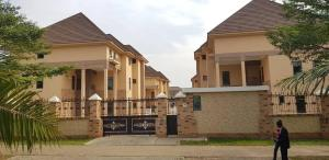 5 bedroom Blocks of Flats House for sale Located at Jabi, 2mins drive to Jabi Shoprite, Abuja. Jabi Abuja