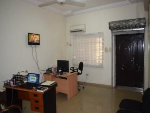 Office Space Commercial Property for sale Fairtrade Buisness Center at Wuse zone 7 Wuse 1 Abuja