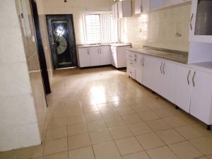 4 bedroom Detached Duplex House for sale Magodo shangisha  Ikeja Lagos
