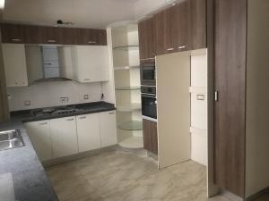 4 bedroom Detached Duplex House for sale lafiaji lekki Lekki Lagos