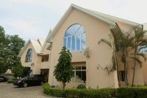 4 bedroom Flat / Apartment for rent Ali Akilu Crescent Aso Villa Abuja  Asokoro Abuja