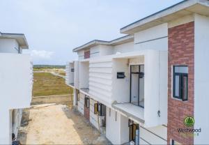 4 bedroom Semi Detached Duplex House for sale Monastery road  Sangotedo Ajah Lagos