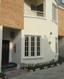4 bedroom House for rent Lavenda  court Abule-Oja Yaba Lagos