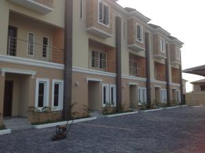 5 bedroom House for rent alternative route chevron Lekki Lagos