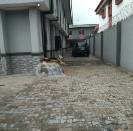 4 bedroom Shared Apartment Flat / Apartment for sale Boet Estate. Adeniyi Jones Ikeja Lagos