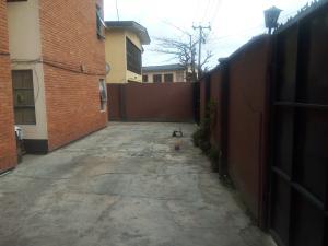 4 bedroom Flat / Apartment for sale off Adelabu Masha Surulere Lagos