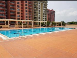 4 bedroom Blocks of Flats House for sale OCEAN PARADE TOWERS  Banana Island Ikoyi Lagos