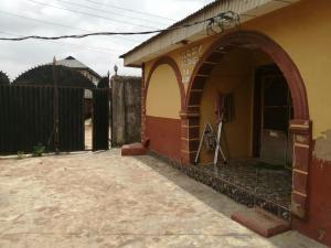 5 bedroom Mini flat Flat / Apartment for sale 1 Oluyowole Street. Taiwo Block. Off Agbado - Ijoko Road. Ijoko. Ogun State Agbado Ifo Ogun