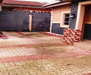 5 bedroom Detached Bungalow House for sale  Area N, World Bank , Oru West Imo