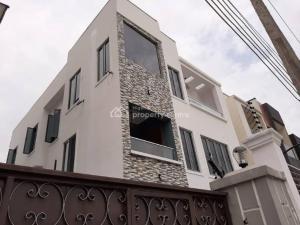 Detached Duplex House for sale - ONIRU Victoria Island Lagos