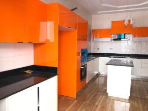 6 bedroom Detached Duplex House for sale Oral Estate Lekki Lagos