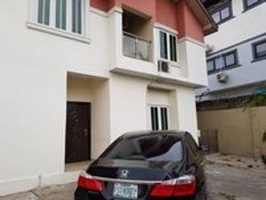 5 bedroom House for sale brooks Magodo Kosofe/Ikosi Lagos
