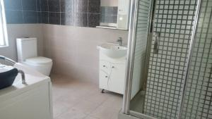 5 bedroom House for rent Osapa london Lekki Lagos