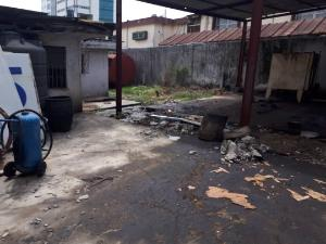 House for sale Akinbo Savage Close. Victoria Island Lagos